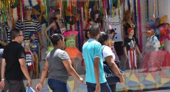 Comércio em Maceió terá horário diferenciado no período carnavalesco