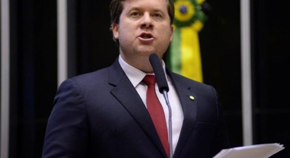 Marx Beltrão pode lançar uma nova chapa de federal em AL