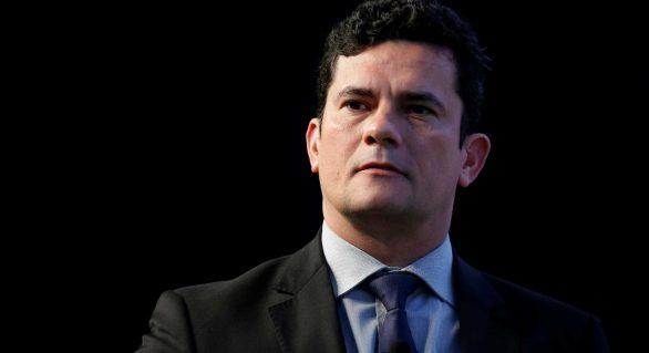 Moro diz que recibos de Lula 'não são materialmente falsos'
