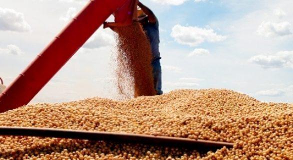 Brasil deve produzir recorde de 115,6 mi t de soja em 2017/18, diz Safras