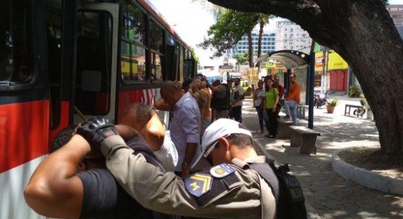 Assaltos a ônibus em Maceió apresentam queda de 40,6% em fevereiro