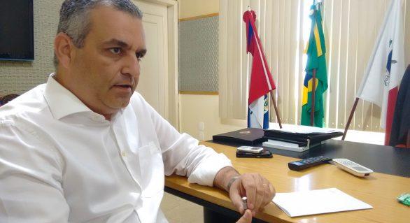 """Alfredo Gaspar deixa decisão sobre candidatura """"para a última hora"""""""