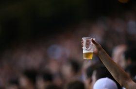 Justiça declara inconstitucional lei que permitia bebidas alcoólicas em estádios