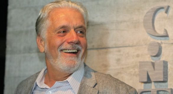 Wagner compara contexto atual a golpe de 64 e rejeita discussão imediata de plano B a Lula