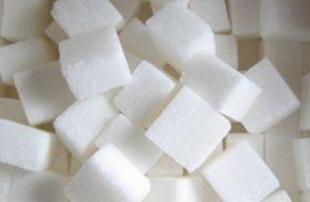 Açúcar: preços fecham desvalorizados no exterior, ainda pressionados pela oferta global