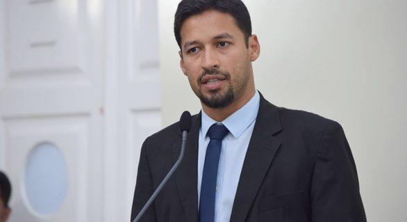 Oposição ainda tem planos com Rodrigo Cunha disputando governo