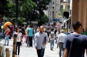 Brasil abre 56.151 vagas formais e tem melhor março em 5 anos, mas sinaliza recente perda de fôlego