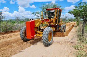Obra de estrada no Sertão reforça expansão de acessos em Alagoas