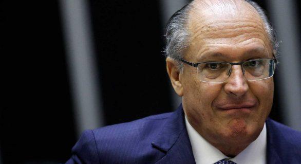 Alckmin e Serra são réus em ação civil por suposta pedalada fiscal