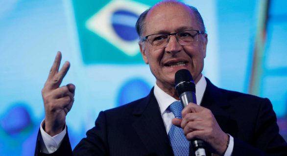 'Ele certamente não vai ser candidato', diz Alckmin sobre Aécio