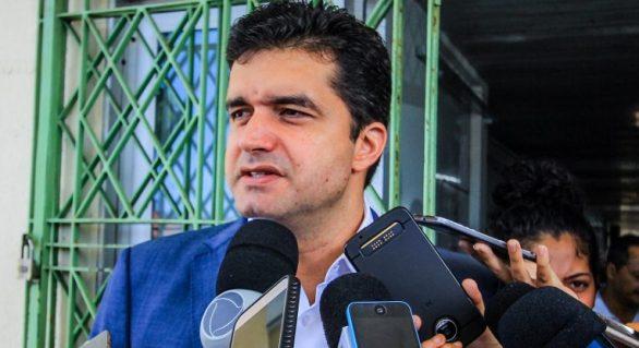 Rui Palmeira tenta encontrar outro candidato de oposição ao governo
