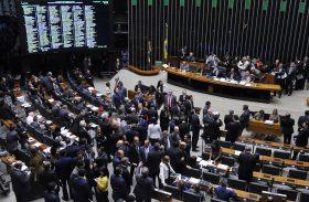 Aumenta a desconfiança: apenas 2 em cada 10 brasileiros confiam nos partidos
