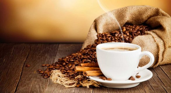 Produtores brasileiros de café e açúcar lucram com alta do dólar