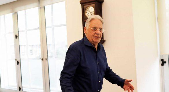 Fernando Henrique presta depoimento como testemunha de defesa de Lula