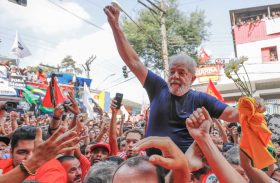 Após muito deliberar, Moro marca depoimento de Lula