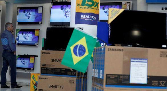 Vendas de TVs aumentam no país em período pré-Copa
