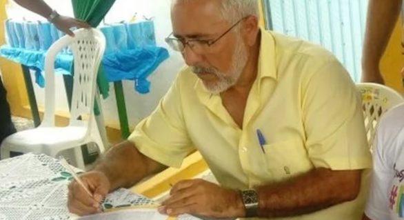 """Prefeito faz """"remendo"""" para tentar conter insolvência em Delmiro Gouveia"""