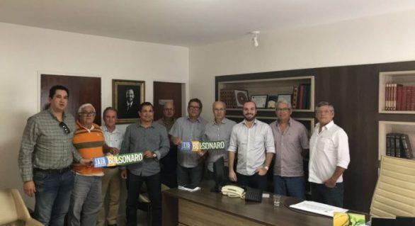 Flávio Moreno e Bolsonaro recebem apoio do setor agro-açucareiro de AL