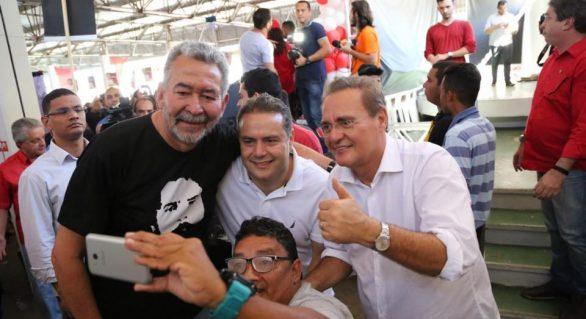 Renan Calheiros é hostilizado em convenção do PT