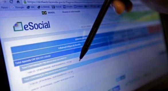 Médias empresas terão de ingressar no eSocial