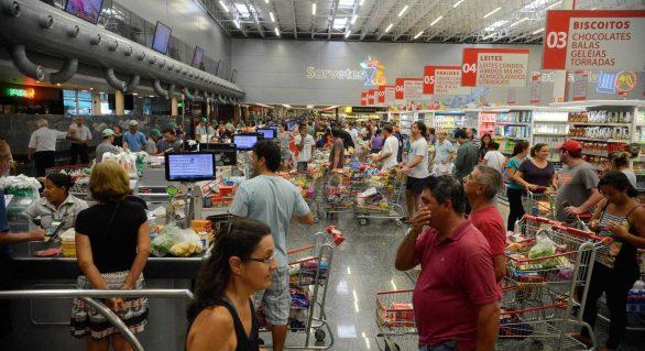 Preço da carne subiu 4,6 % no mês da greve dos caminhoneiros