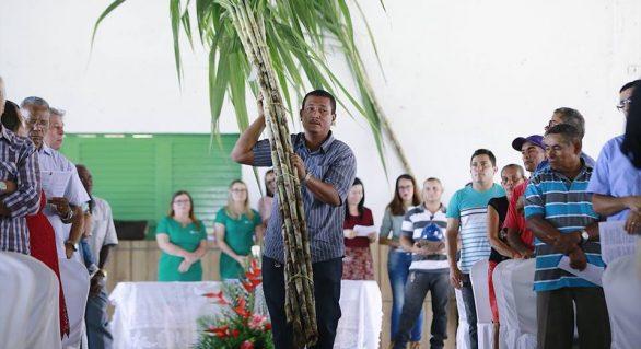 Início da safra na usina Santo Antônio é marcado por celebração de missa