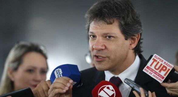 PT deflagra plano B e oficializa Haddad como vice de Lula