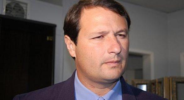 Deputado de AL denuncia prefeito de Maribondo