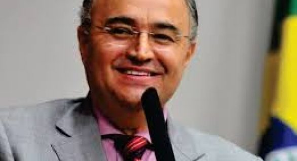 João Caldas entra na disputa a deputado federal