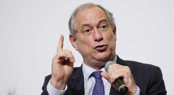 Querem resolver eleição nos gabinetes ou em celas, diz Ciro Gomes