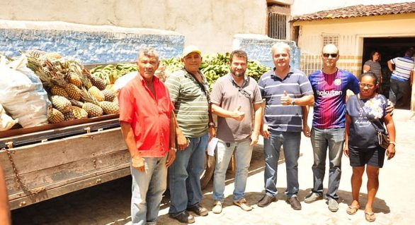 Cajueiro realiza 1ª compra direta de alimentos a produtores locais