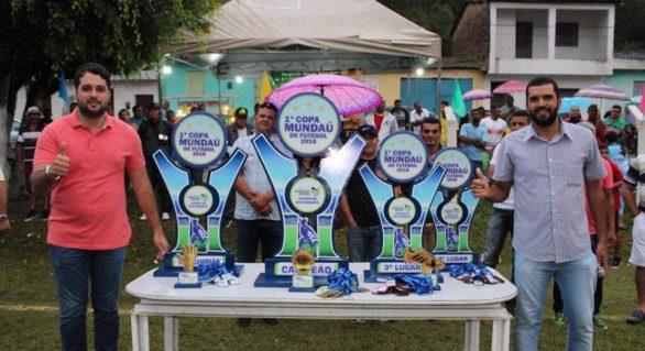 Prefeito prestigia grande final da 1ª Copa de Futebol de Santana do Mundaú