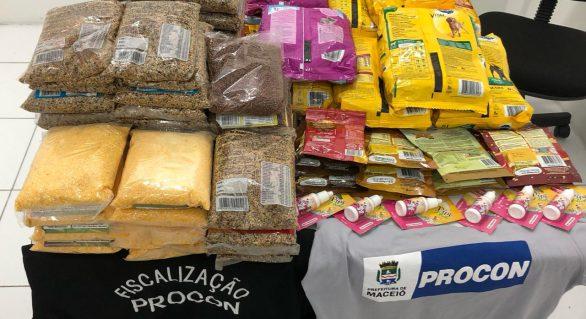 Procon realiza operação em pet shops da capital