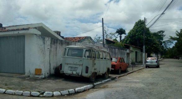 Veículos abandonados são recolhidos pela SMTT