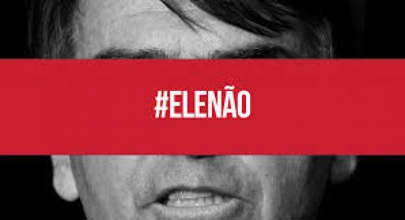 Milhares de pessoas vão às ruas contra Bolsonaro em Maceió
