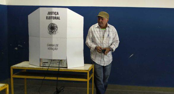 Deixar de votar num adversário aumenta chance de vitória do 1º colocado