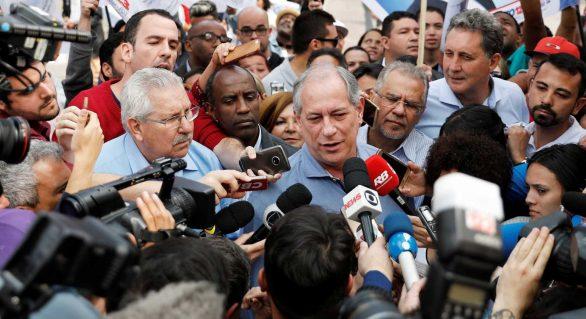 Magoado com Lula, Ciro deve anunciar apoio crítico a Haddad
