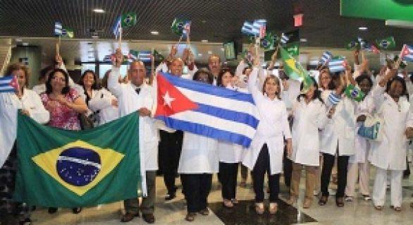 Mais de 100 médicos cubanos devem deixar Alagoas após impasse com o Bolsonaro