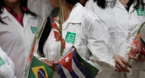 Estabilidade e salário pesam na escolha de migrar para o Mais Médicos