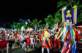 Maceioenses e turistas prestigiam segundo dia do Natal dos Folguedos
