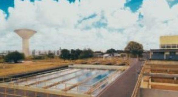 Casal adota medidas para garantir fornecimento de água em Maceió no verão