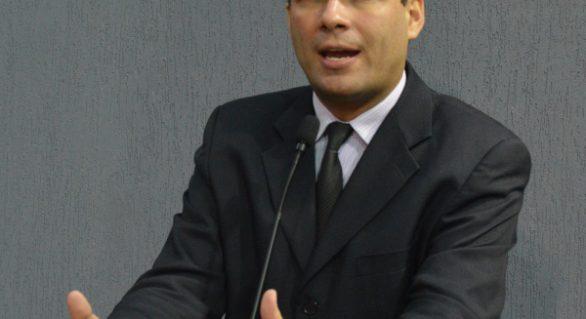 Dudu Ronalsa assume oposição ao governo de Renan Filho