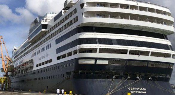 Chegada de navios aquece alta temporada em Maceió