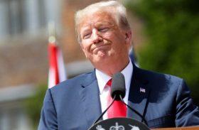 Trump declara emergência nacional para construir muro na fronteira