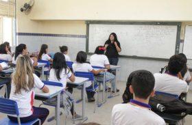 Governo beneficia 160 mil estudantes alagoanos com oficinas e material didático