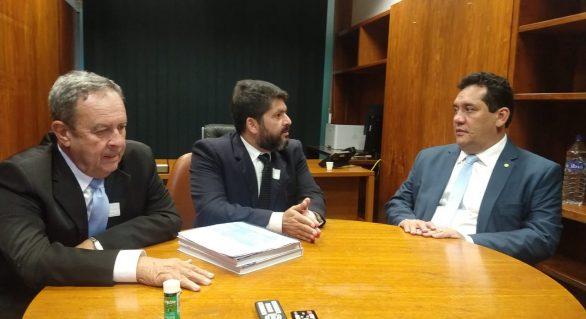 CPLA apresenta projeto da Unidade de Beneficiamento do Leite em Brasília