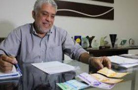 Klécio Santos é reeleito com 93% dos votos