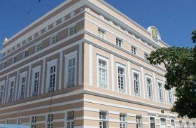 Manobra do governo esvazia votação na ALE