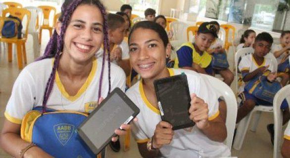 Escolas públicas de Arapiraca apostam na tecnologia dentro das salas de aula