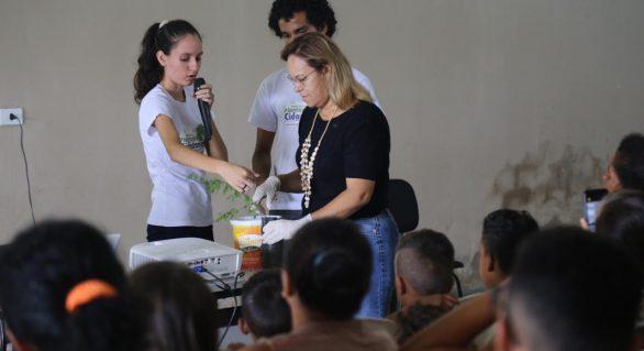 Prefeitura e UFAL promovem arborização de conjuntos habitacioanis de Arapiraca